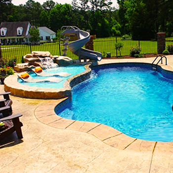 Custom Fiberglass Pools (raised tanning ledge)