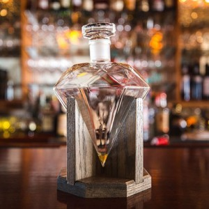 Mixology diamond decantor